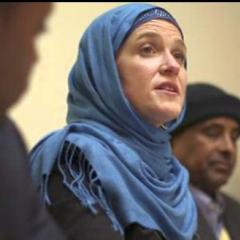 Minneapolis mayor wearing hijab